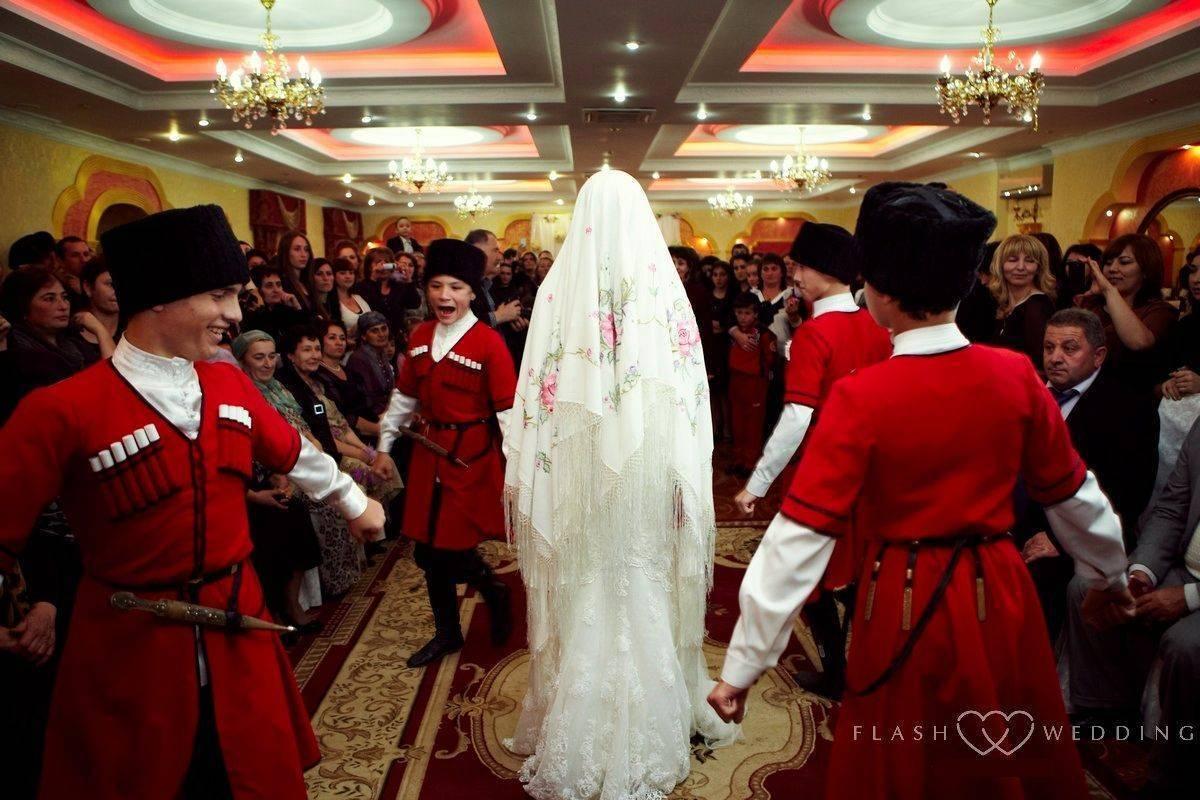 Топ-10 самых необычных арабских свадебных традиций и обрядов
