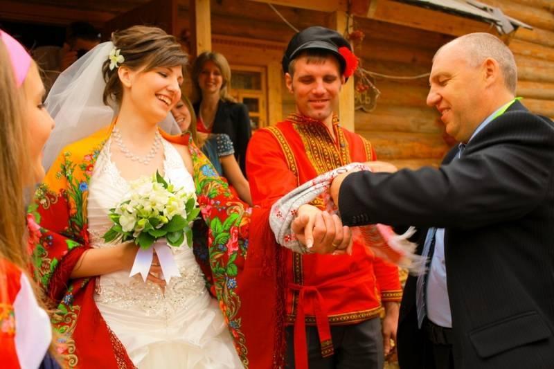 Оригинальные и прикольные конкурсы на выкуп невесты (10 идей)