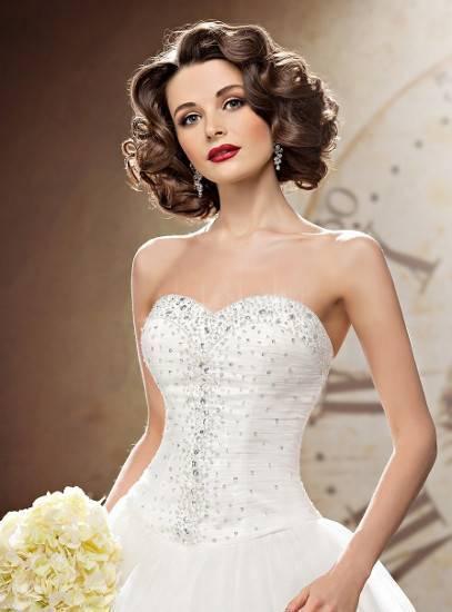Свадебное платье с кружевом — классика которая не выходит из моды
