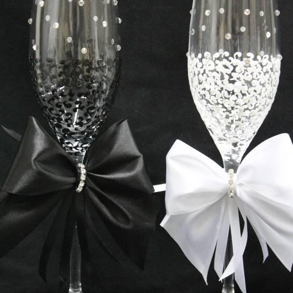 Декор свадебных бокалов: избранные мастер-классы и трендовые идеи оформления в 2019 году