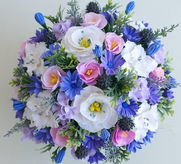 Какие цветы подарить молодоженам на свадьбу. какие цветы дарят на свадьбу молодоженам любимые гости и родители. фото и советы