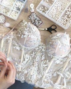 Как правильно зашнуровать корсет на свадебном платье