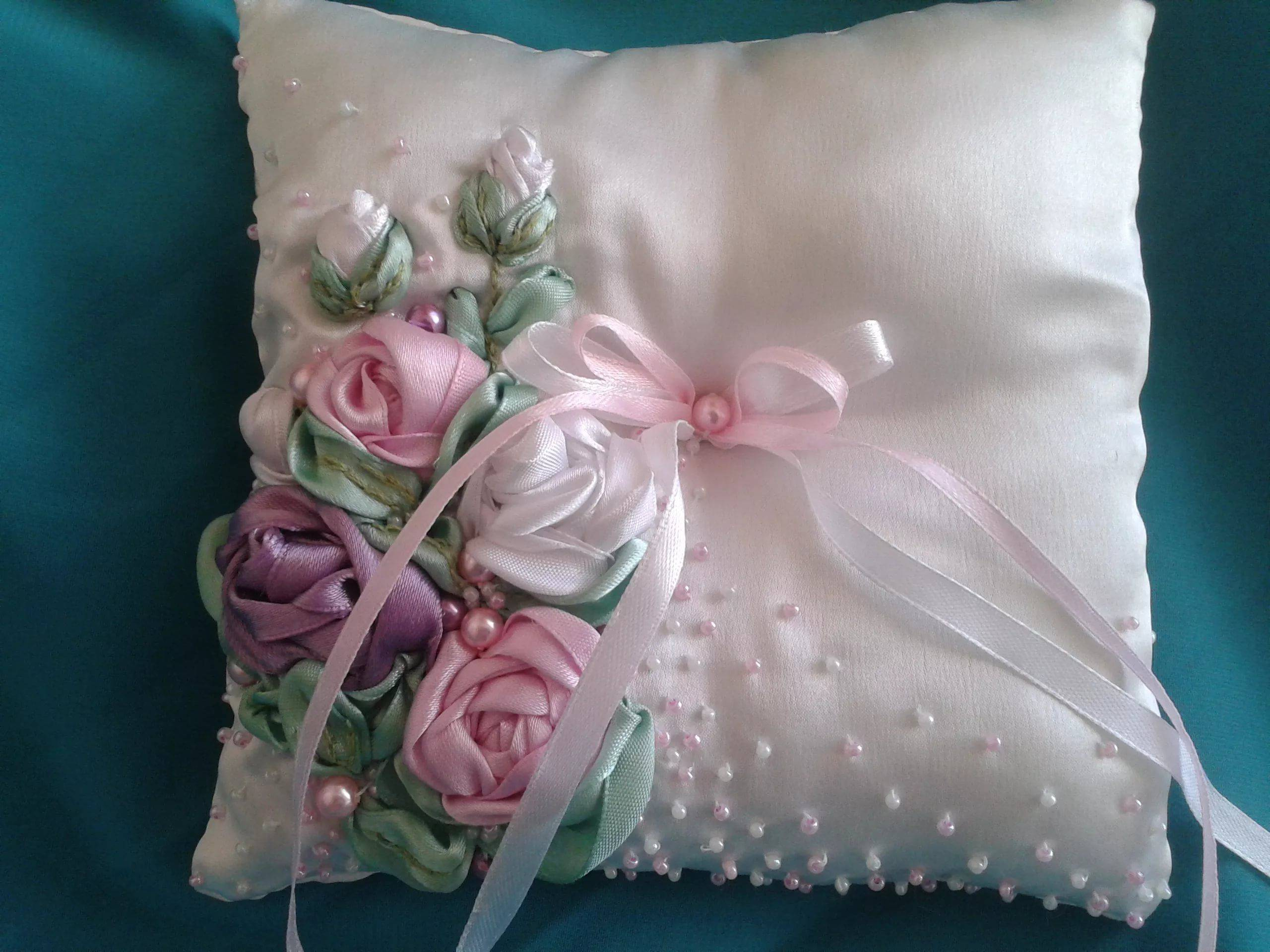 Свадебная подушечка для колец своими руками: мастер-класс с пошаговыми фото