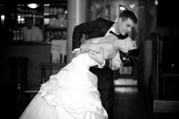 Как научиться танцевать свадебный танец танго самостоятельно: видео уроки