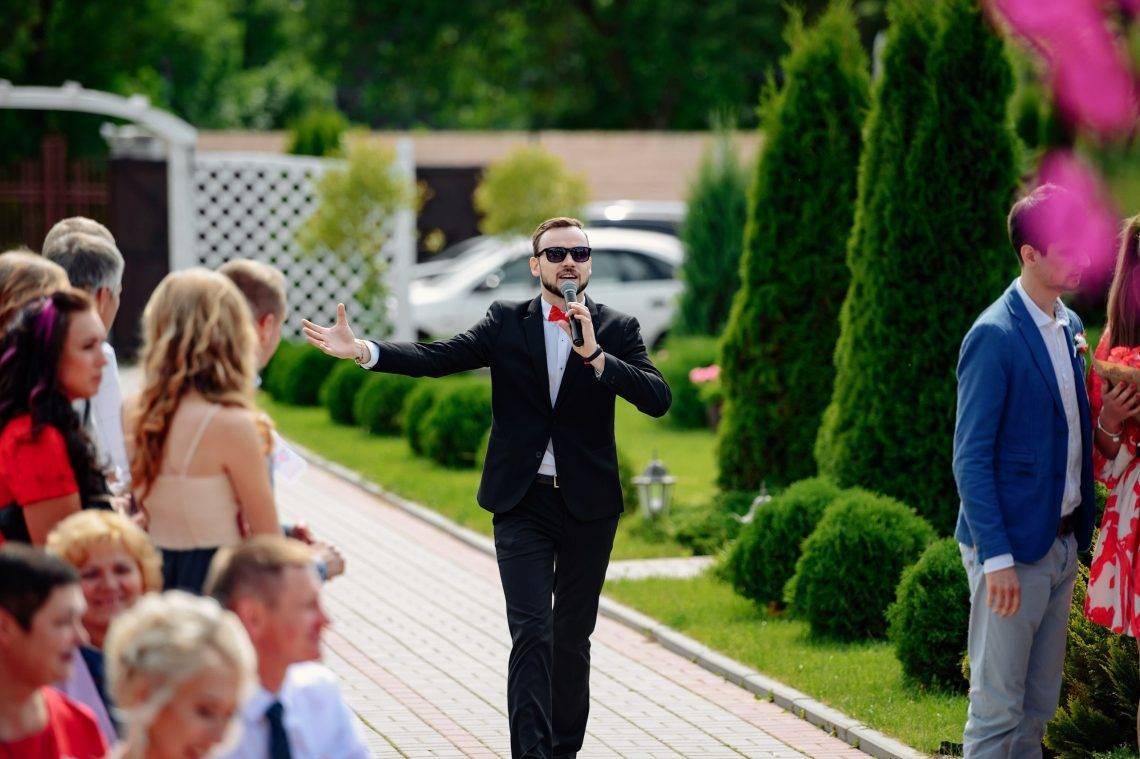 Что обсудить с ведущим и фотографом перед свадьбой, какие вопросы нужно задать