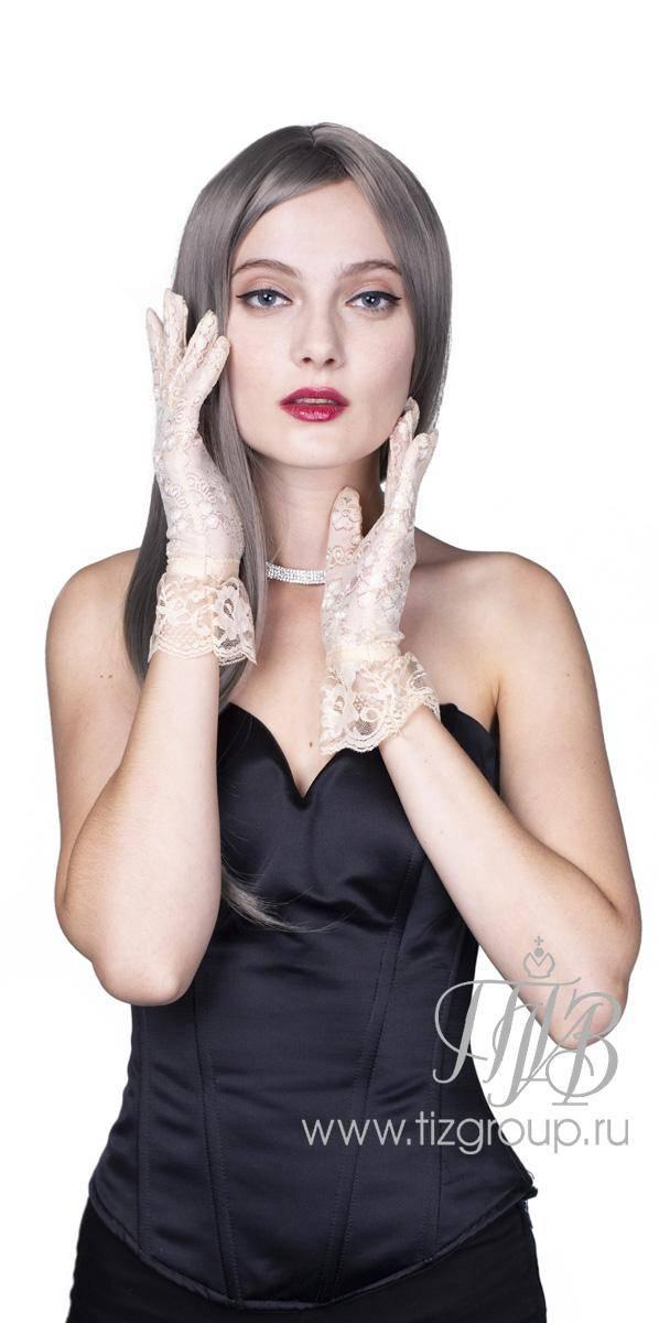 Платья с кружевными вставками для женственных леди