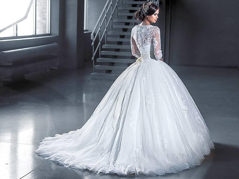 Идеи фасонов свадебных платьев со стразами