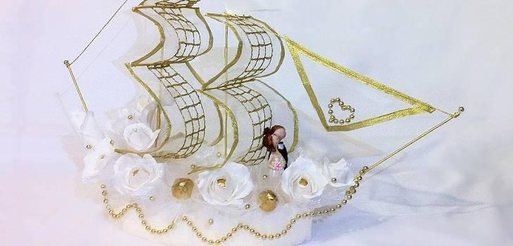 Корабль из конфет на свадьбу