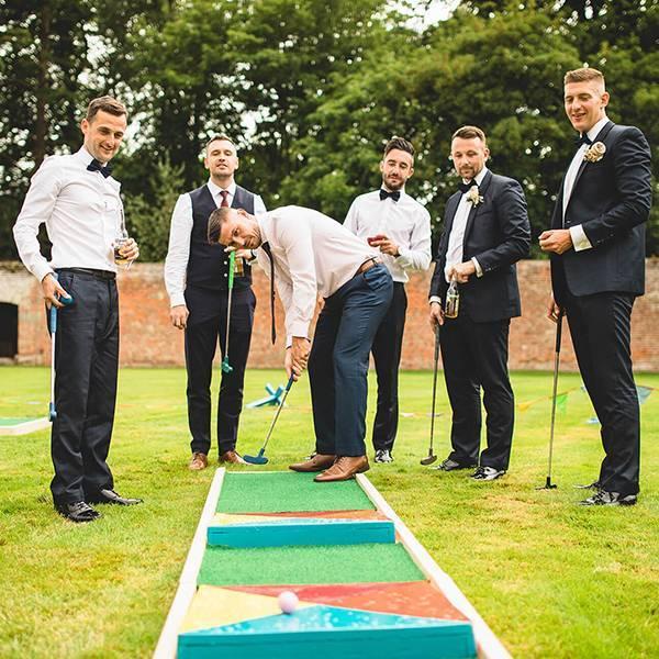 Какие провести конкурсы на свадьбе в 2020 году: популярные свадебные игры