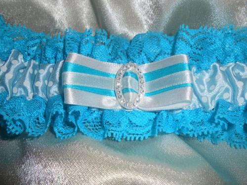 Подвязка невесты своими руками (41 фото): как сделать изделие на свадьбу из кружева? мастер-класс пошива свадебной подвязки на ногу из фатина