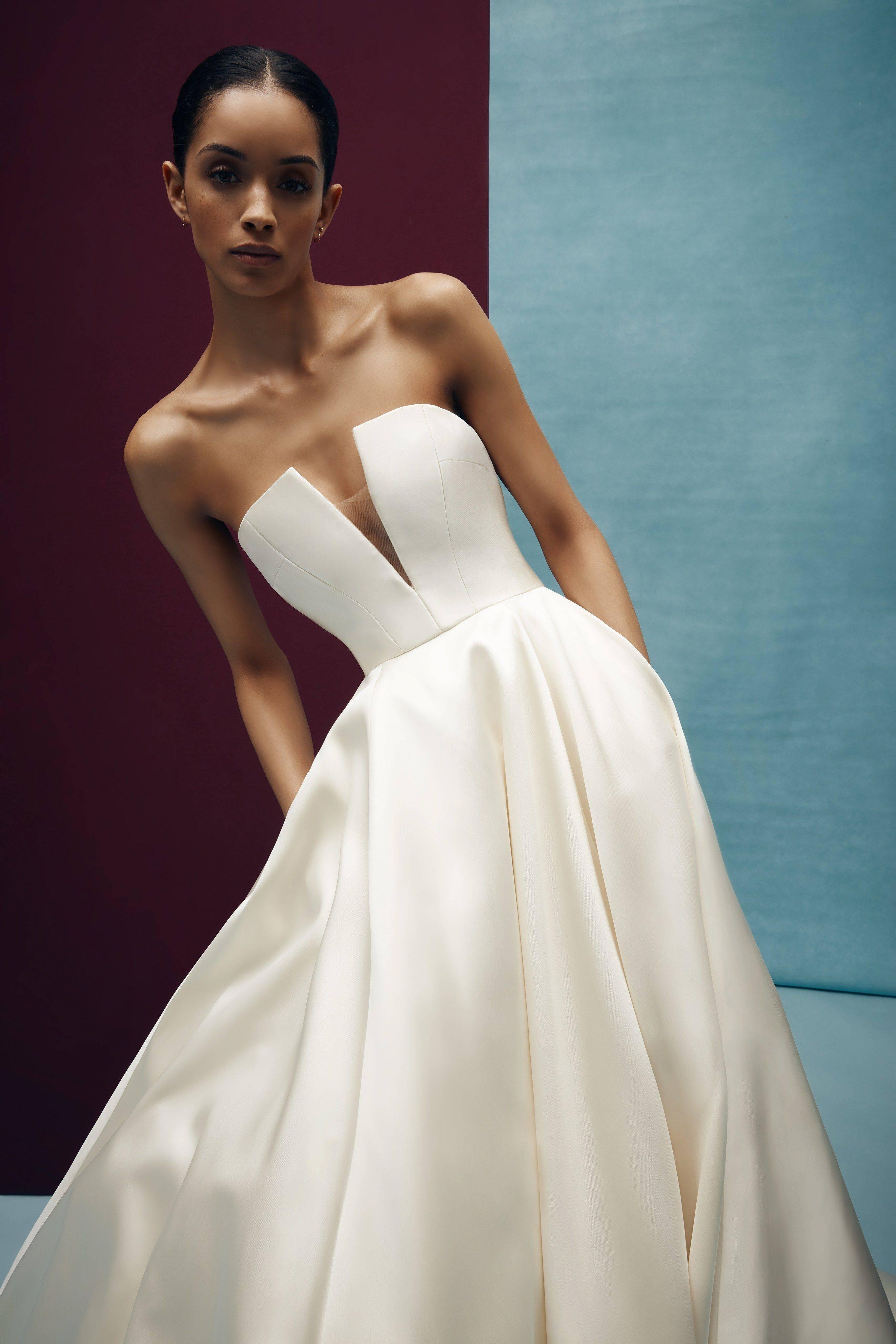 Особенности и разновидности платьев-трансформеров, с чем носить