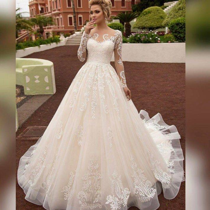 Простые свадебные платья (фото)