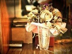 Что делать со свадебным букетом  куда девать, нужно сохранить или выбрасывать