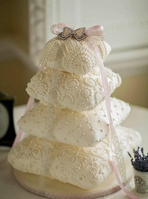 Голый торт на свадьбу – отличная альтернатива классическому варианту