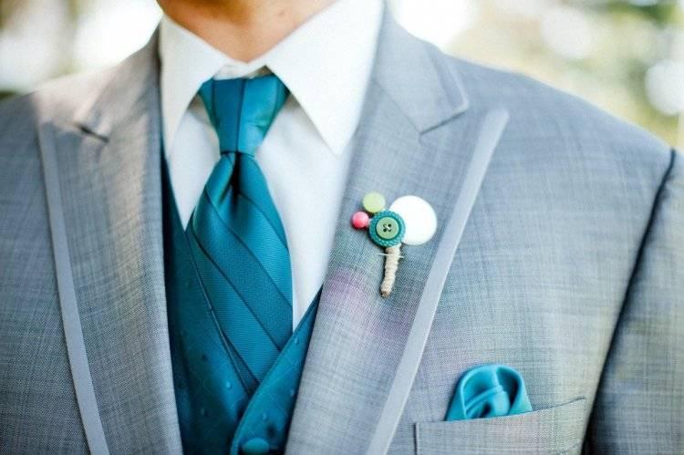 Видео мастер-класс украшение выпускной свадьба бутоньерка свадебная для жениха своими руками  мастер шевченко елена бумага гофрированная вата клей нитки проволока ткань