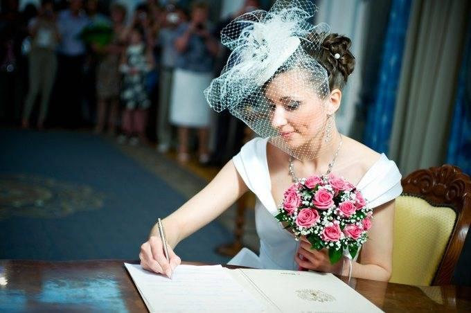 Свадебный ободок для волос невесты и её подружек