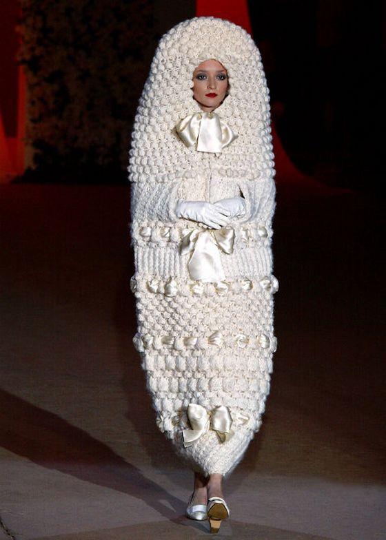 Самые необычные свадебные платья оригинальных цветов и фасонов