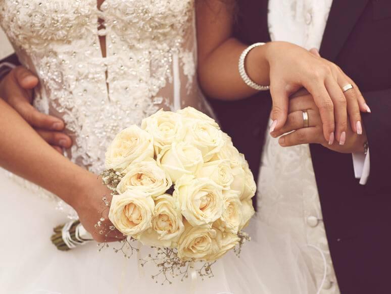 Выбираем подарок жениху от невесты на свадьбу: что подарить будущему мужу? свадебная песня от жены - оригинальный подарок мужчине