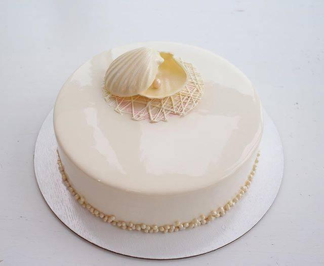 Что подарить на 30 лет свадьбы родителям? 24 фото подарок на жемчужную годовщину от детей, выбираем торт из мастики на юбилей