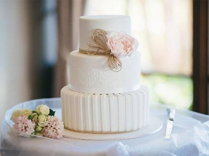 Как выбрать торт на свадьбу: ответы на вопросы