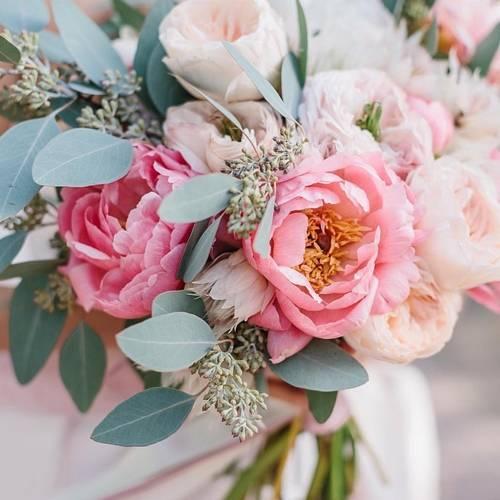 Красивые свадебные букеты для невест - фото идеи, какой свадебный букет выбрать