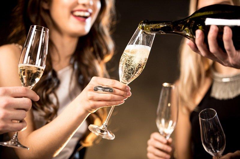 Как рассчитать алкоголь на свадьбу? | калькулятор спиртного