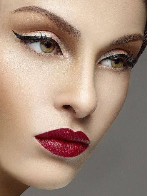 Модный макияж для блондинок 2020
