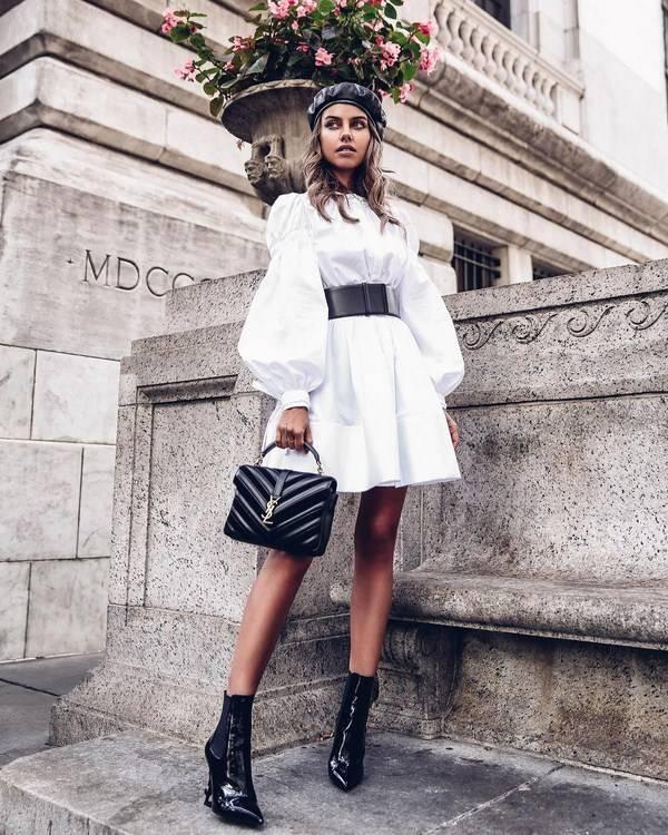 Платье-трапеция идеально для женского гардероба