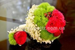 Образ невесты: наряд, макияж, букет, украшения, обувь, сумочка, маникюр и цвет кожи + 91 фото