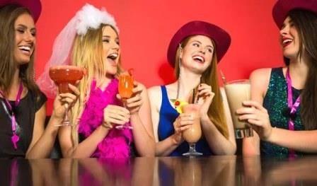 Прикольные сценарии для искрометного девичника – различные варианты с подробным планом действий