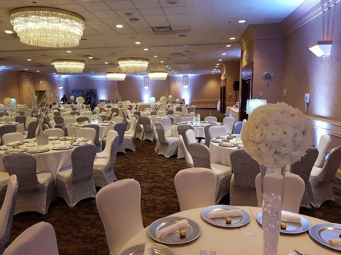 Оформление свадебного зала  украшение свадьбы, декор