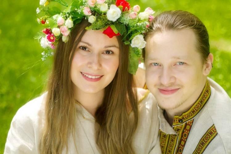 Что подарить жениху от невесты на свадьбу — делимся интересными идеями