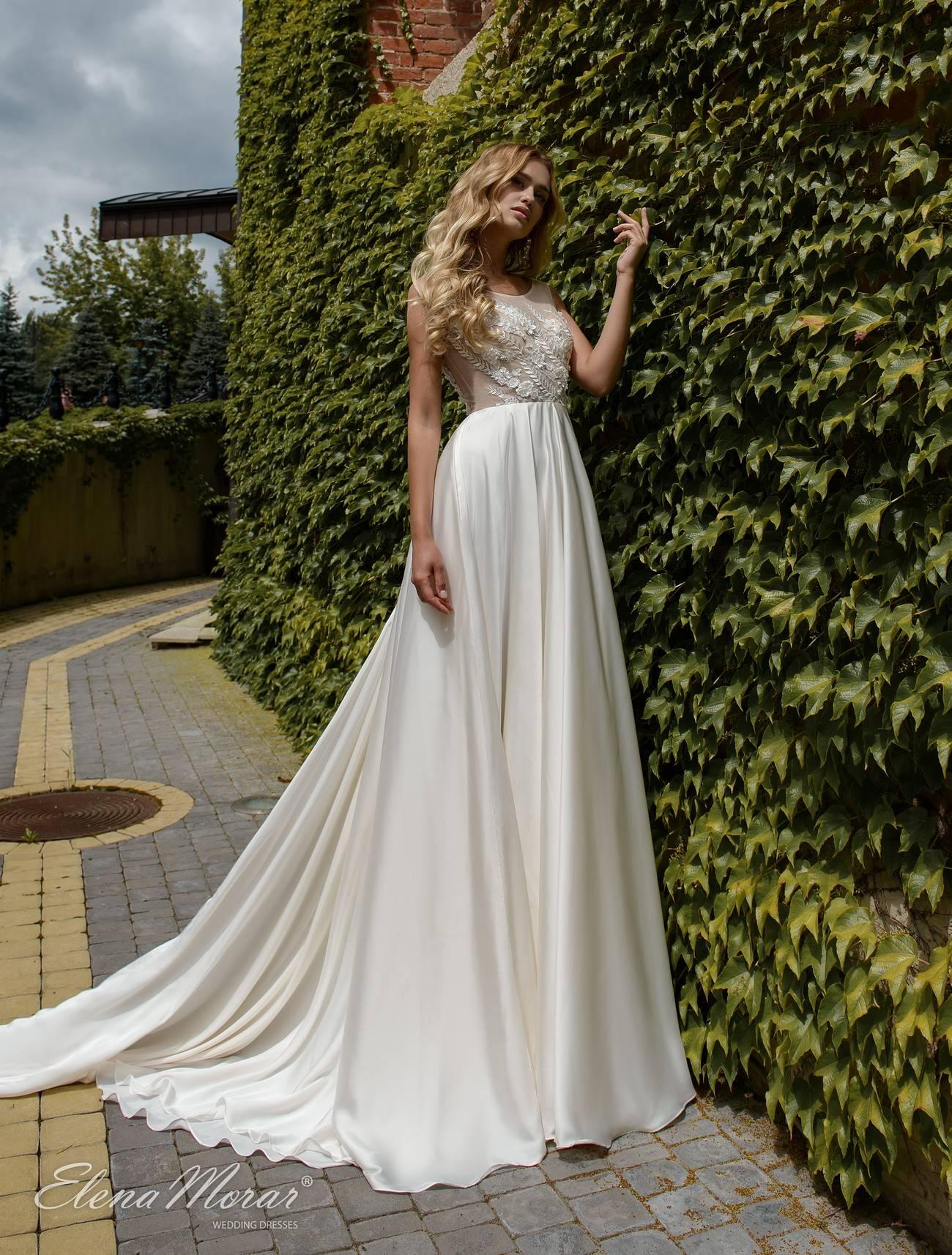 Платье со шлейфом — эталон женственности и красоты