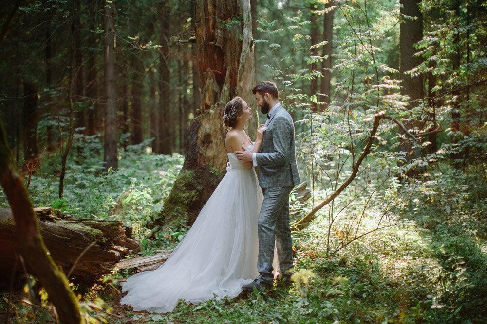 100 лет свадьбы: как называется эта годовщина совместной жизни? особенности красного юбилея брака