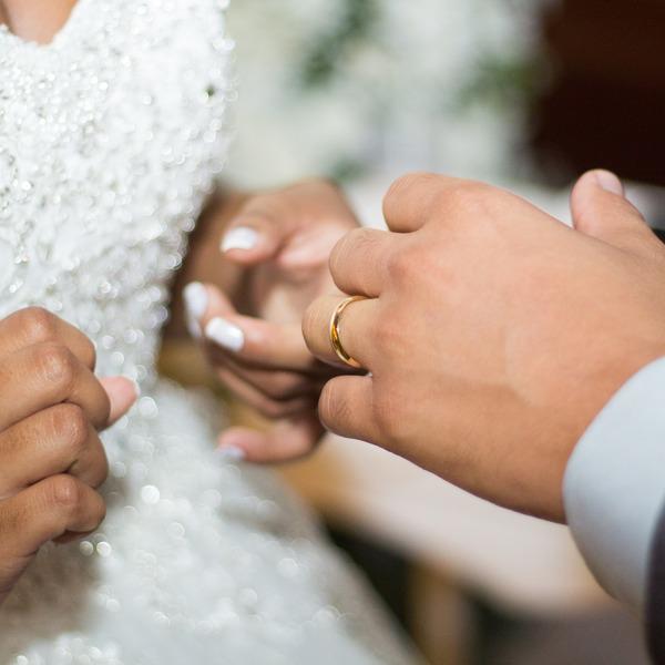 Организация выездной регистрации брака: варианты и стоимость в 2020 году