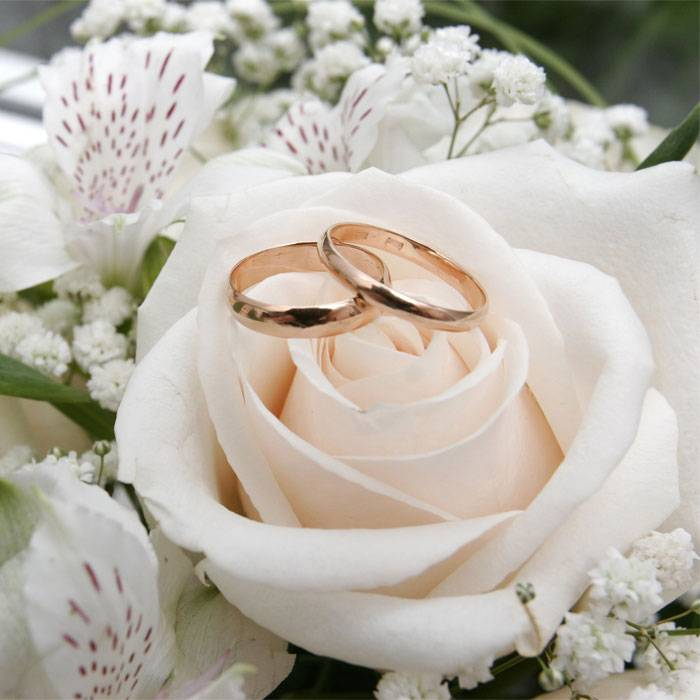 Вместе 43 года: какая свадьба и что подарить на годовщину