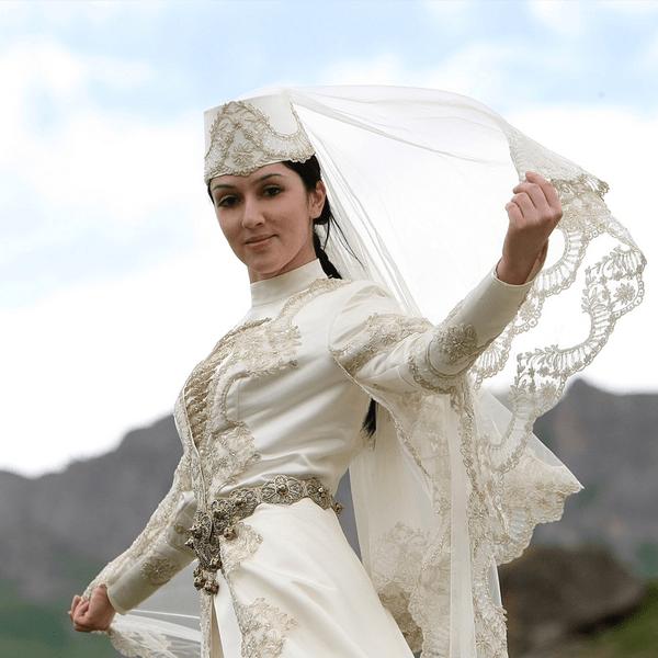 Осетинский национальный костюм (29 фото): женские и мужские для осетинов, свадебные костмы осетии, история