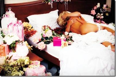 Выбор свадебного комплекта белья для невесты