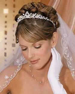 Свадебные украшения для волос: выбираем самые красивые варианты для создания незабываемого образа