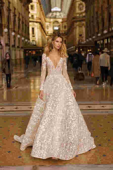 Платье-комбинация: с чем носить модели 2020 года
