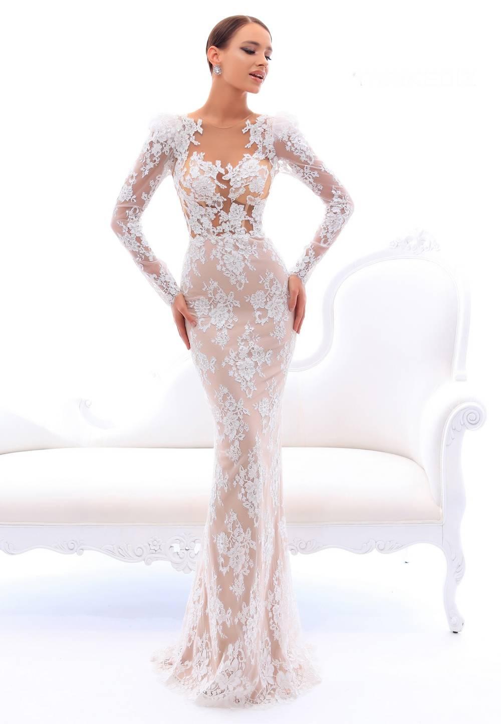Комбинированное платье скроет любые недостатки, воспользуйтесь новыми идеями дизайнеров