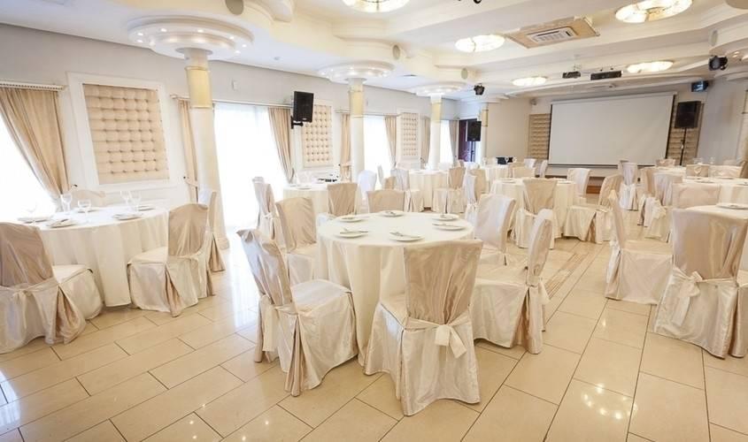 Как составить меню на свадьбу и какие блюда выбрать, чтоб впечатлить гостей?