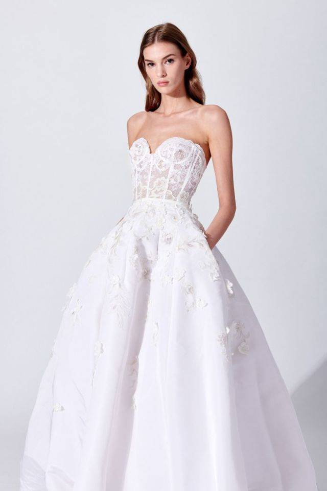 Цветные свадебные платья (фото)