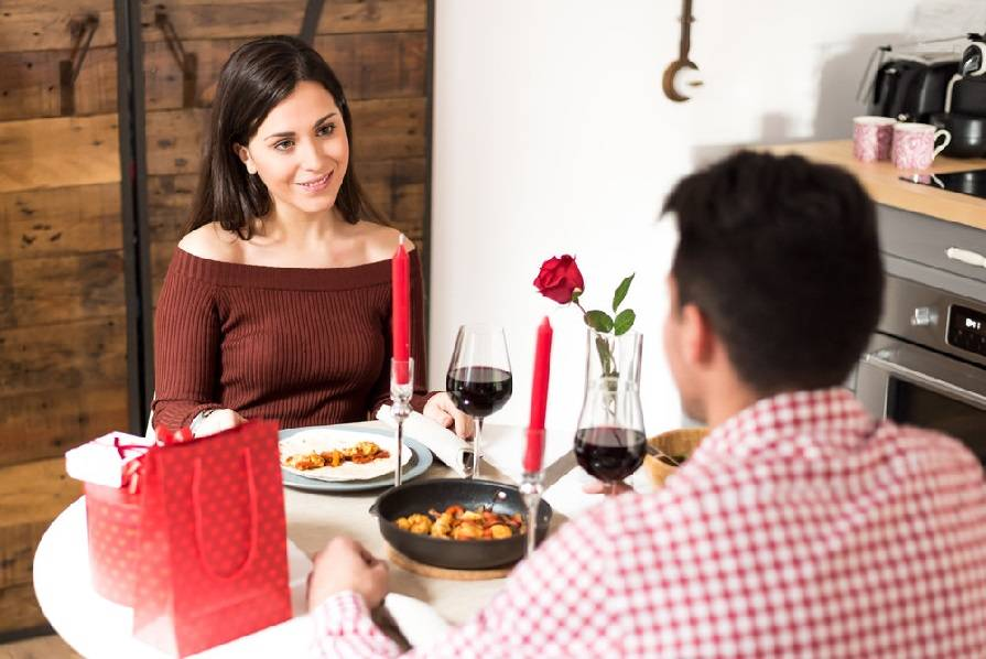 Гостевой брак – что это за отношения, его плюсы и минусы