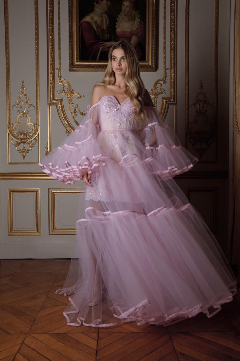 Платья из тафты – будь королевой вечера