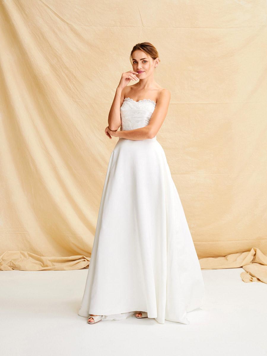 Советы, как почистить свадебное платье в домашних условиях