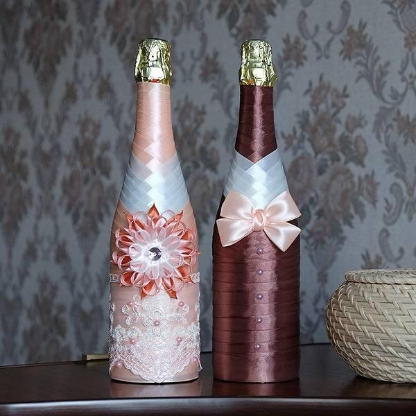 Оформление бутылок шампанского на свадьбу в виде жениха и невесты