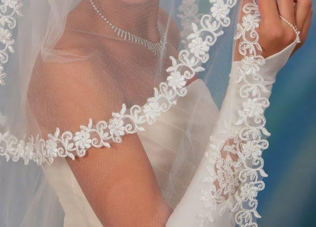 Свадебные прически под длинную фату