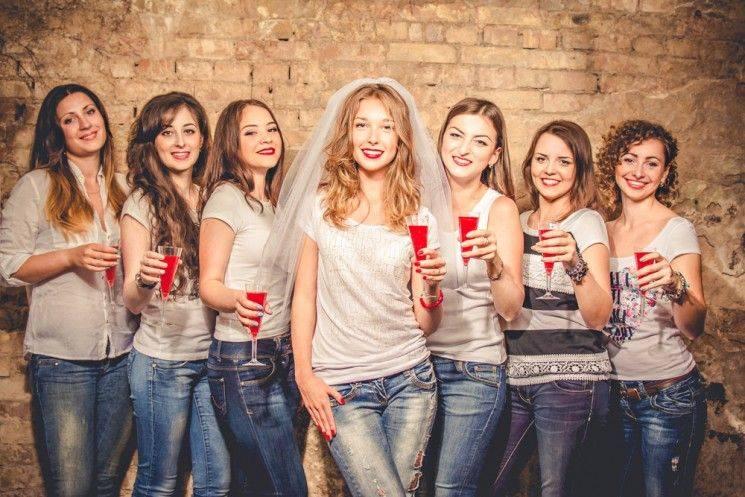 7 лучших идей для девичника — необычные сценарии и интересные правила