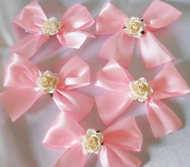Выбираем свадебный браслет. красиво оформляем цветы на руку подружкам невесты – искусственные и живые браслет для невесты из ленты